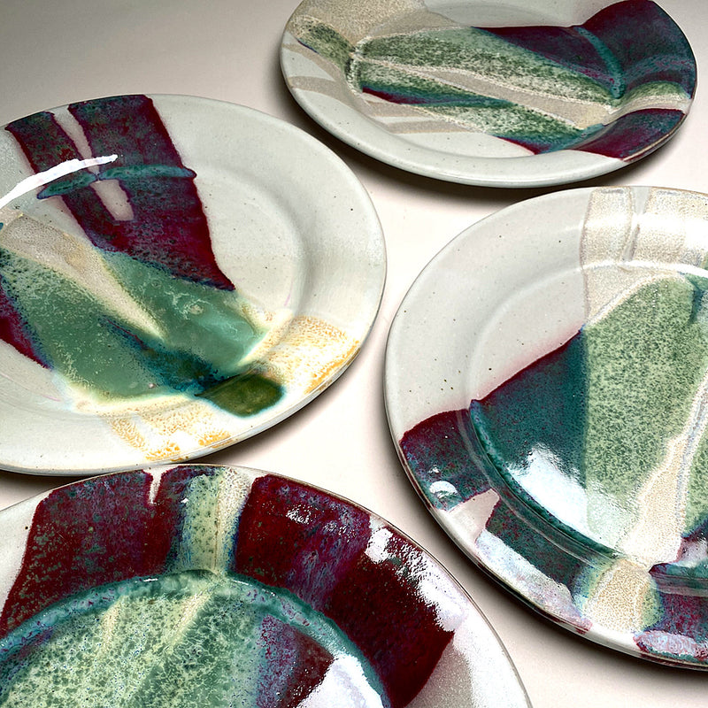 Dinner plates in Sprintime Glaze