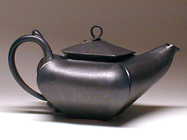 Star Teapot in Black Glaze