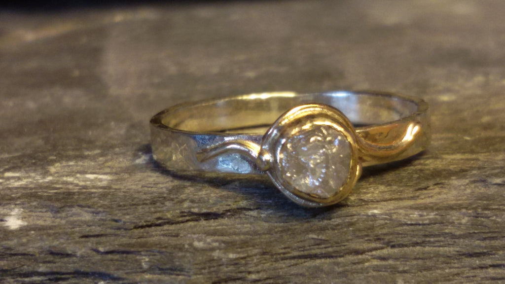 White and yellow gold Uncut diamond ring