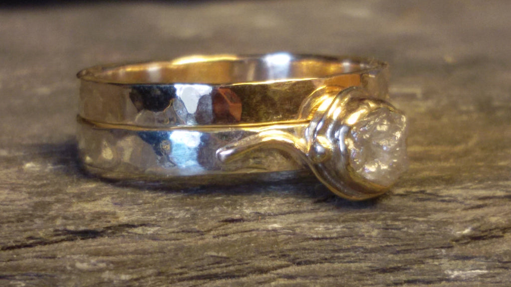 1441 Gold Hammered Band