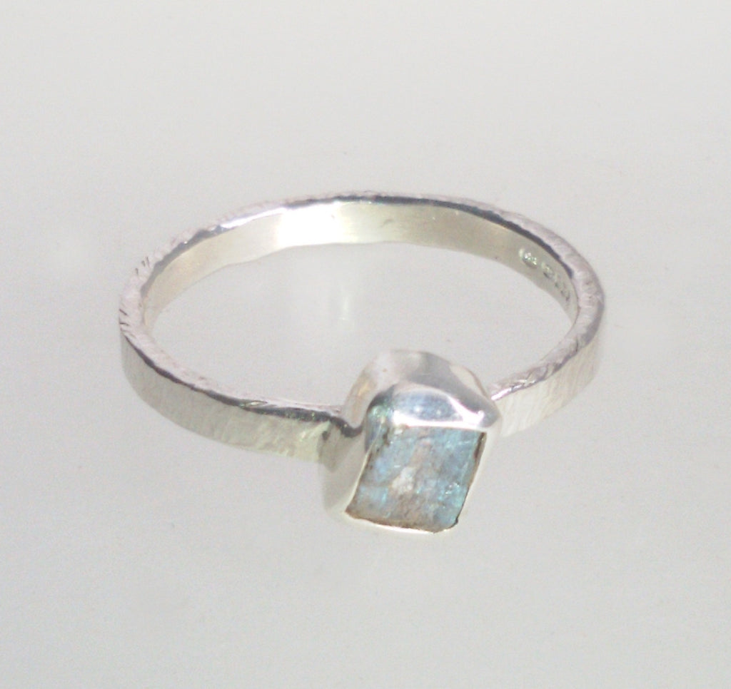1596 Rock Face Square Labradorite Ring size N