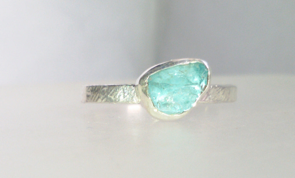 Rough blue apatite stacking ring