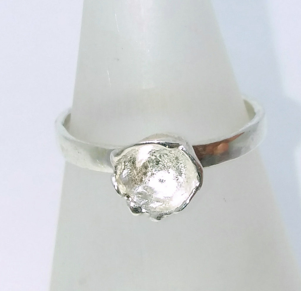 1736 Waterflower Ring