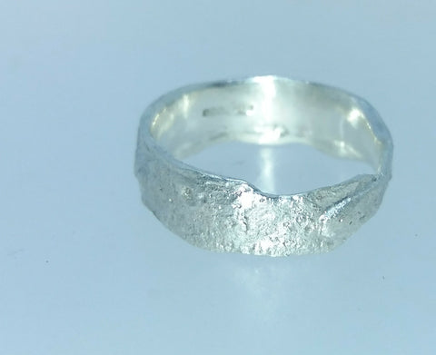 Rockface Band Ring