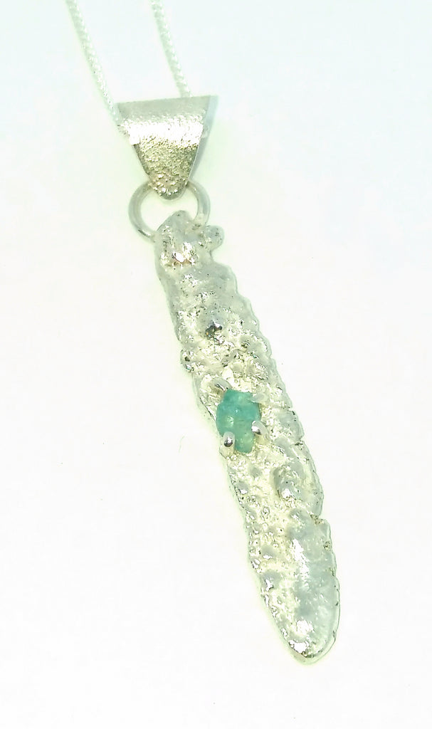 1777 Rockface and Apatite Pendant 4
