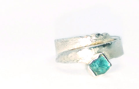 Rockface and Apatite Overlap Ring
