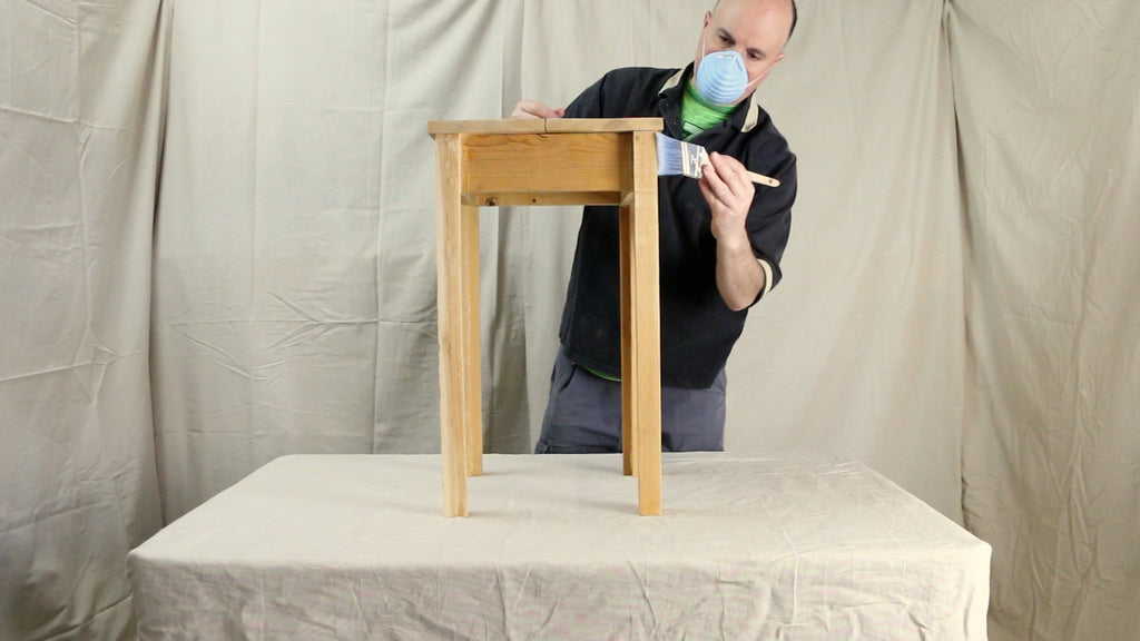 Remove dust from sander