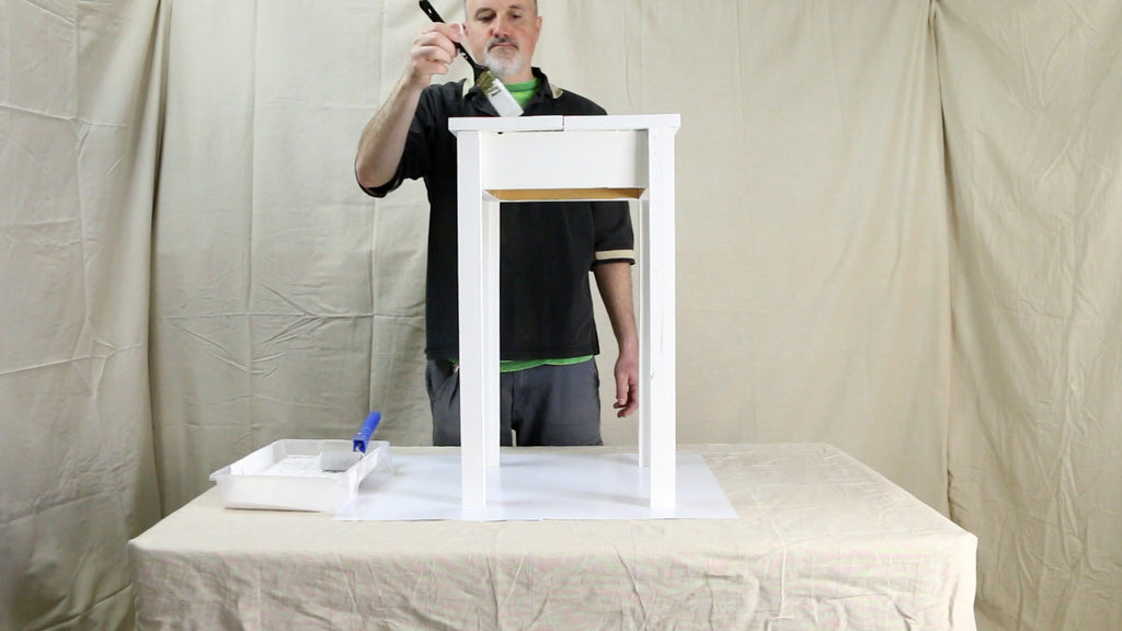 Paint the table white
