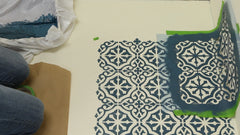 how to stencil in corners