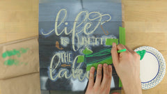 how to stencil a wooden sign