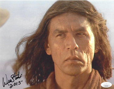 Wes Studi Signed Geronimo Vintage Last Of The Mohicans 8x10 Photo 2015 (JSA EE63200)