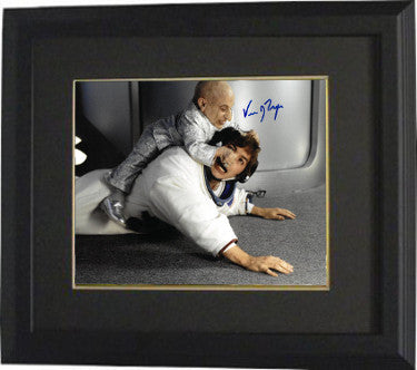 Verne Troyer Signed Austin Powers Mini Me 8x10 Photo Custom Framed 2 (JSA)