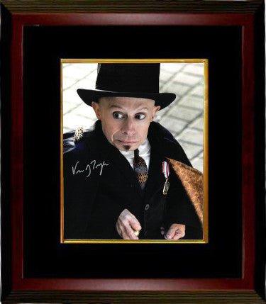 Verne Troyer Signed Imaginarium of Doctor Parnassus As Percy 8x10 Photo Custom Framing (JSA)