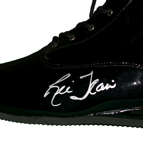 Ric Flair Autographed Black Pro Wrestling Full Size Boot (JSA)