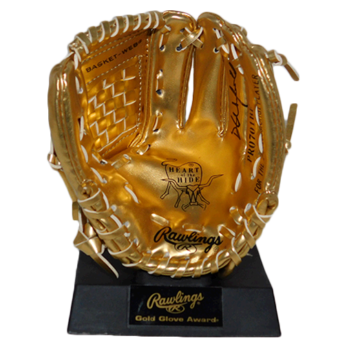 Dave Winfield Autographed Rawlings Baseball Mini Gold Glove (JSA)