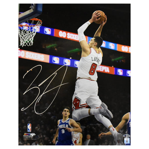 Zach LaVine Autographed 16x20 Bulls Basketball Photo (Beckett)