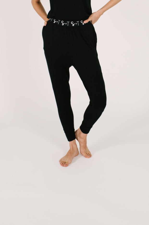 "The Sweetheart Joggers | Asel is 5'9"" and wearing an XS"