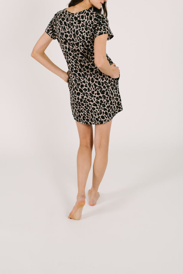 "The Shorty Dress | Asel is 5'9"" wearing a size Small"