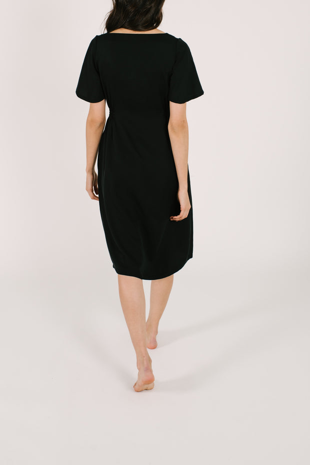 "The Jane Dress | Asel is 5'9"" wearing size XS"
