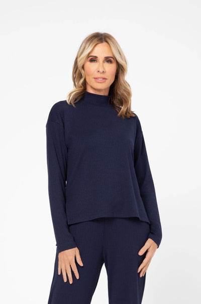 CR X S+T - THE PARK AVENUE TOP IN MODEST MARINE