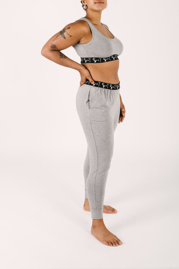 THE LILY CROP IN SLAY GREY
