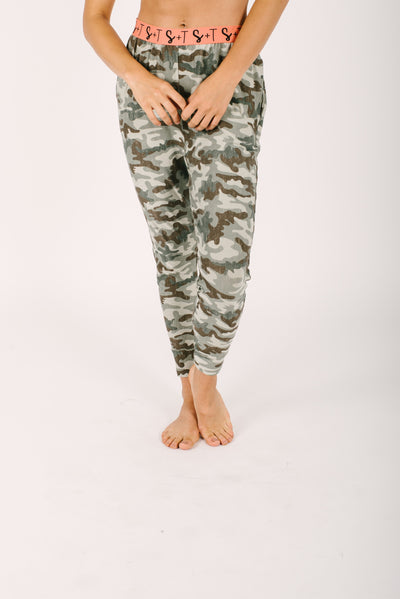 "The Lily Joggers | Nalani is 5'8"" wearing a Small"