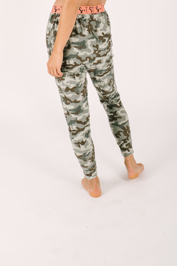 THE LILY JOGGERS IN COOL CAMO