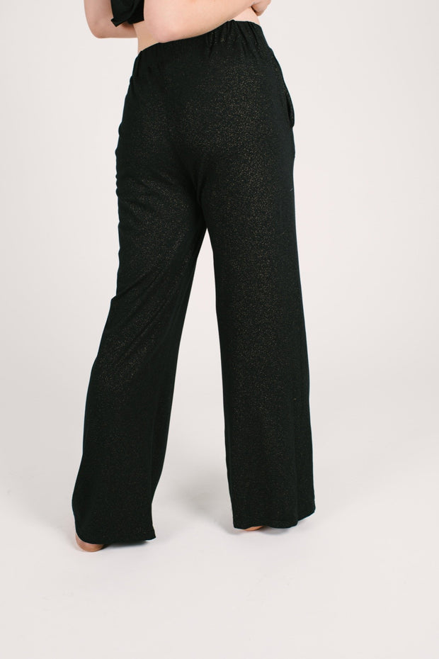"The Glam Pants | Anastasia is 5'8"" wearing a S"