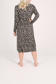 "The Carrie Cardirobe | Anastasia is 5'8"" wearing a S"