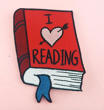 Jubly Umph - I HEART READING EMBROIDERED PATCH