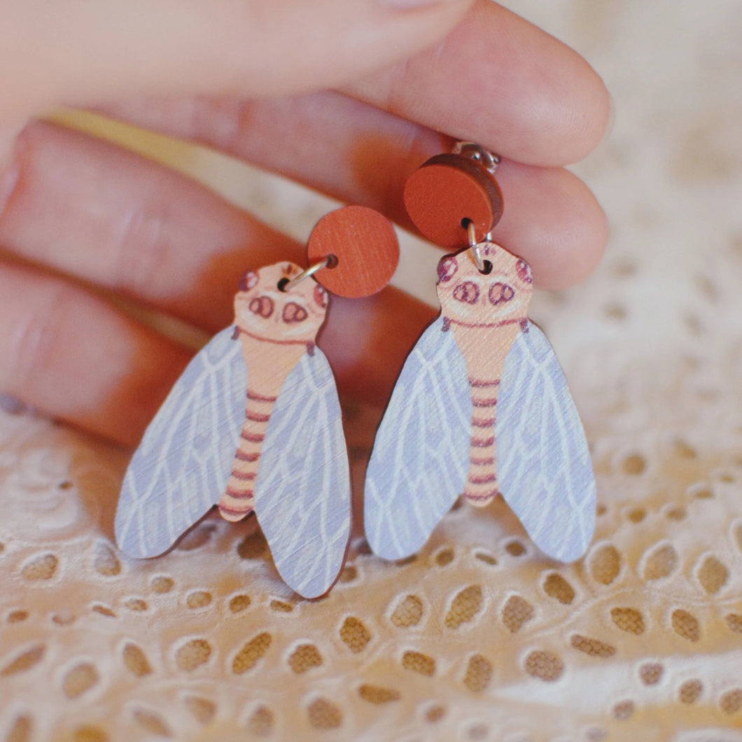 PIxie Nut & Co - Cicada earrings