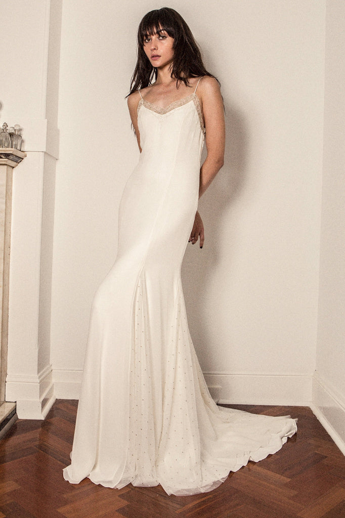 alternative wedding dresses 2018
