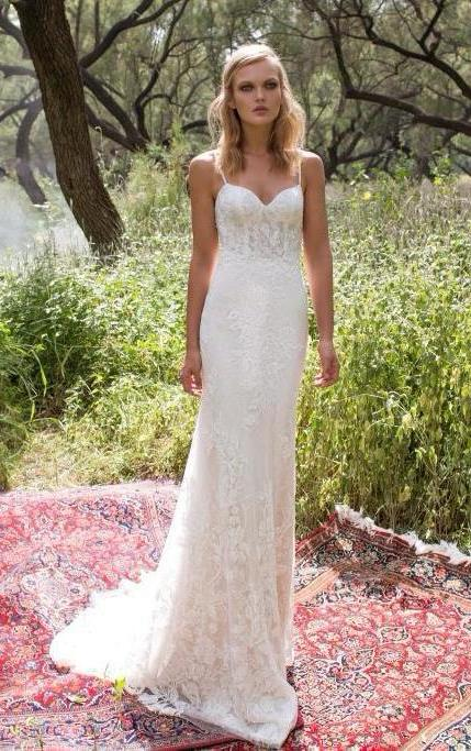 (lace wedding dresses)