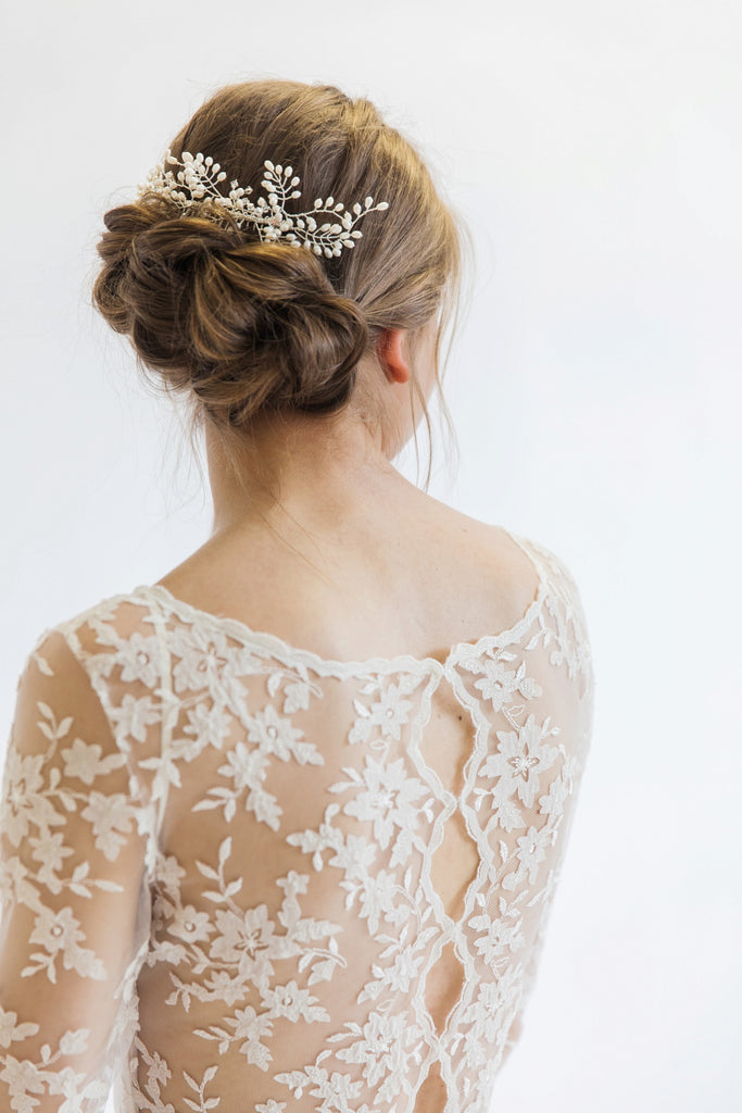 long sleeve wedding dress lace