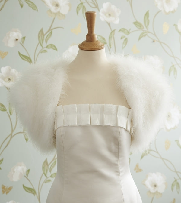 Minnelli Feather Bolero