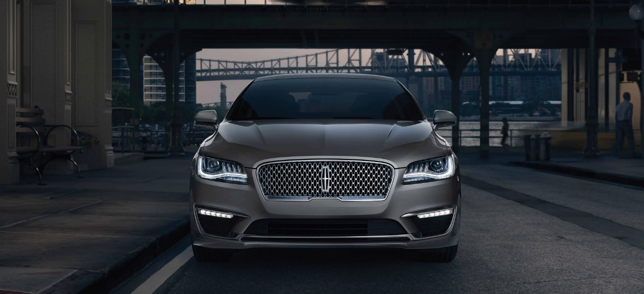 LINCOLN MKZ - LUXURY CHAUFFEUR SERVICE