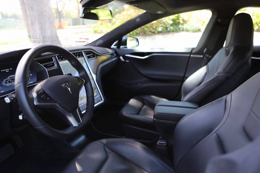 TESLA MODEL S - LUXURY CHAUFFEUR SERVICE IN LOS ANGELES, DALLAS & LAS VEGAS