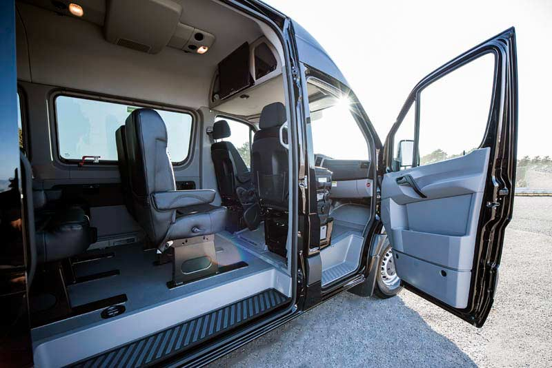 MERCEDES BENZ 10 PASSENGERS STARCRUISER LUXURY SPRINTER VAN - LUXURY CHAUFFEUR SERVICE IN LOS ANGELES, DALLAS & LAS VEGAS