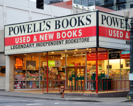 Powell's Bookstore - Heart In Oregon