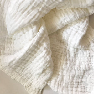 d+d organic cotton quilted muslin blanket.