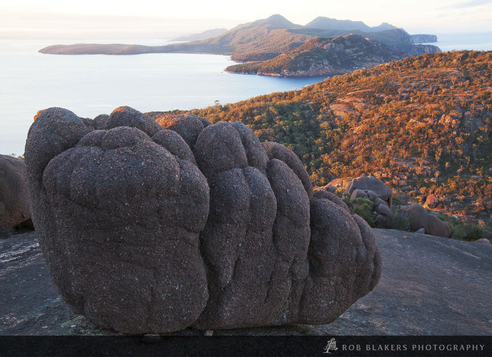TO74 :: Granite formations, Freycinet NP