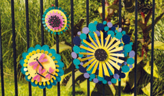 Kinetic art mounting on fence