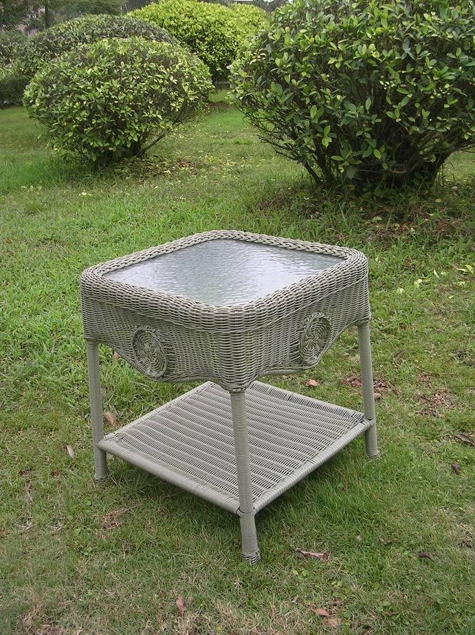 Outdoor Side Table – Resin Wicker, Aluminum, Glass