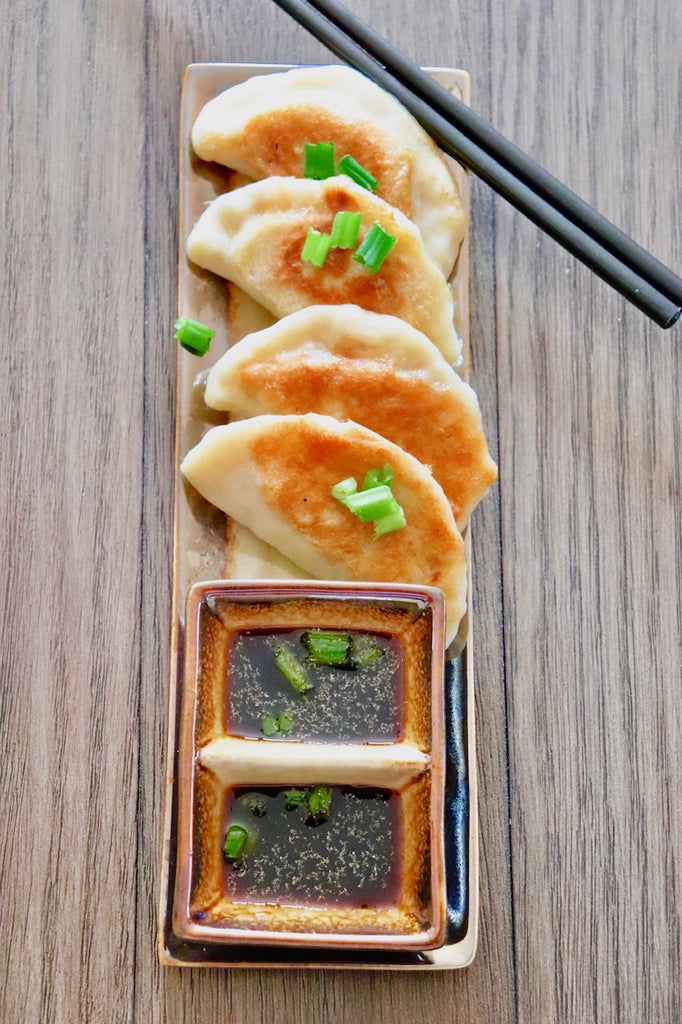dumplings pot stickers