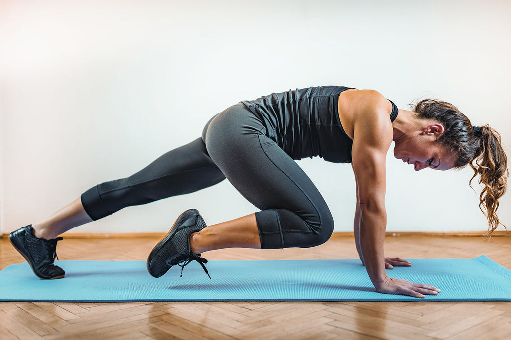 metabolic training: a woman doing home workouts