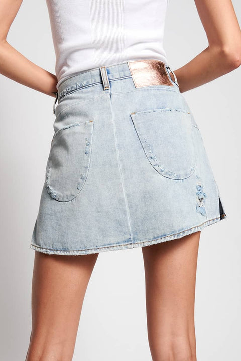 ONE TEASPOON MONTANA VANGUARD MID RISE RELAX  The One Teaspoon Montana Vanguard Mid Rise Relax  will take you effortlessly all through summer! Crafted from soft yet rigid denim, these skirts are made to last.