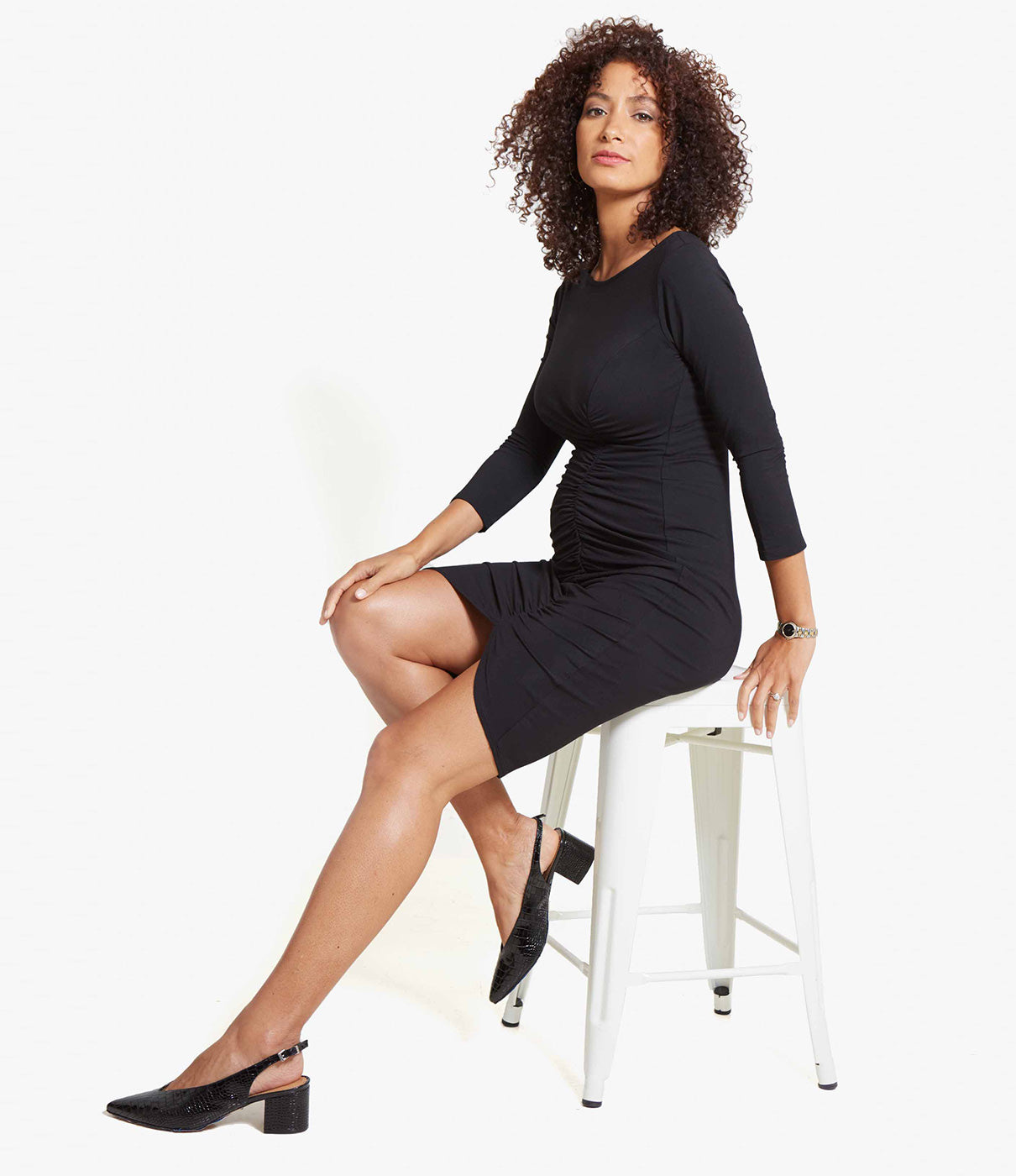 FLATTERING FITSide ruching and a subtly sexy slit take this flattering bodycon fit to the next level.