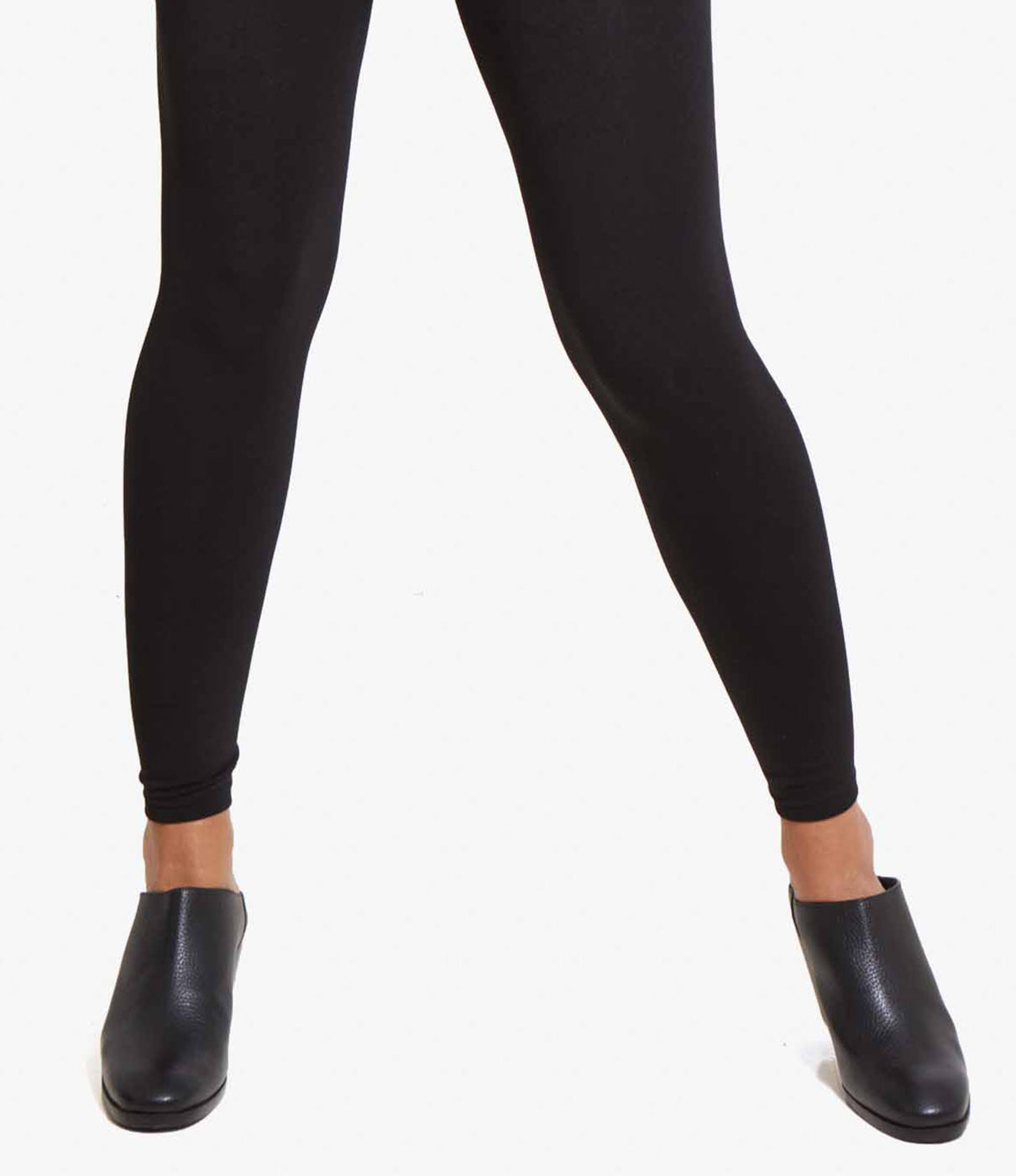 FASHION + FUNCTIONThese tights will keep you warm and supported through the winter and can be worn with anything—even flats or heels thanks to a footless silhouette.