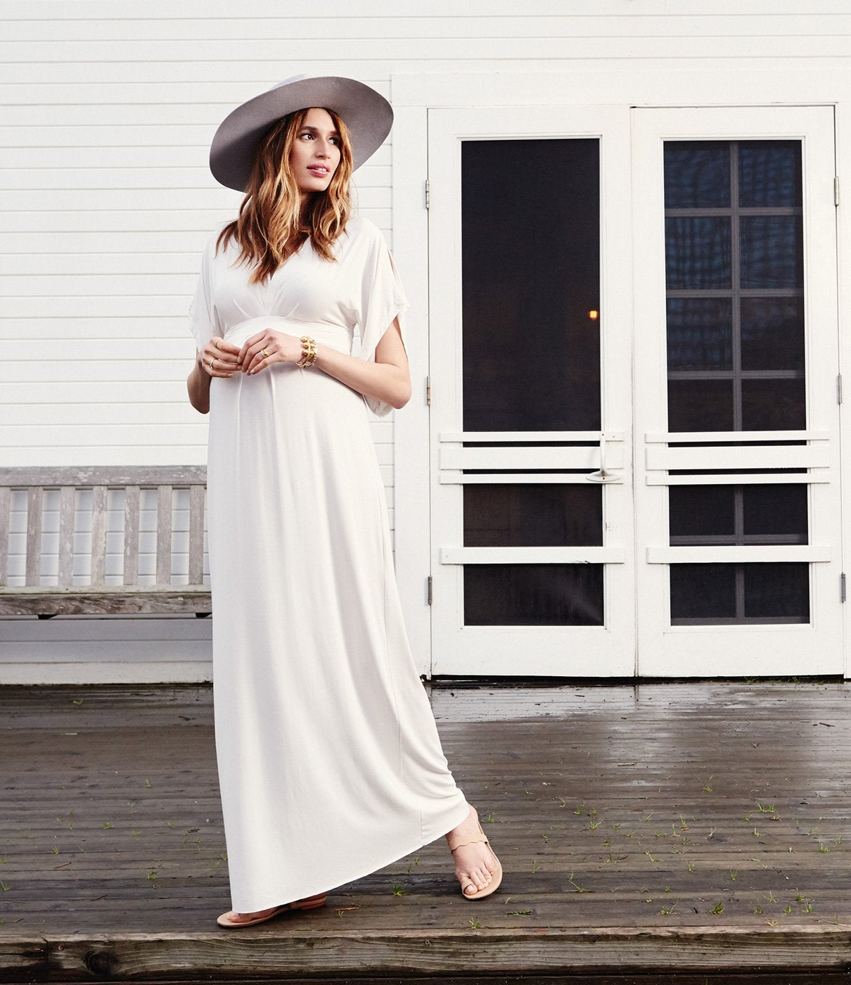 WHERE TO WEARThe beauty of this dress? Wear it everywhere and anywhere—just change up your shoe. A great maternity wardrobe staple.