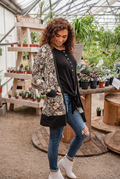 It's A Staple Open Cardigan | 2 Prints [ Olive Cheetah, Creme Floral ] - Lola Cerina Boutique